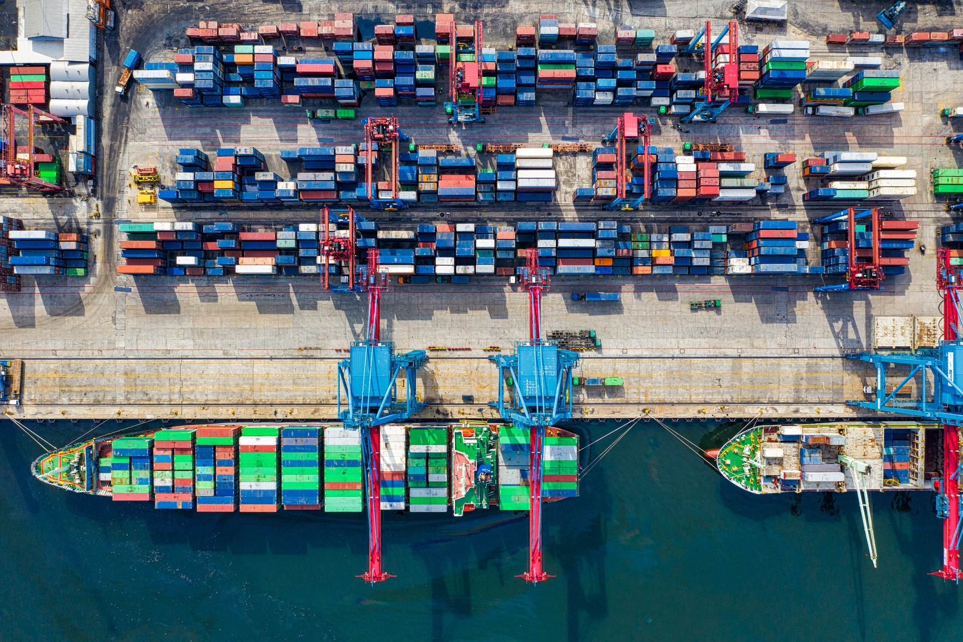 Supply Chain Leaders: 6 Key Initiatives