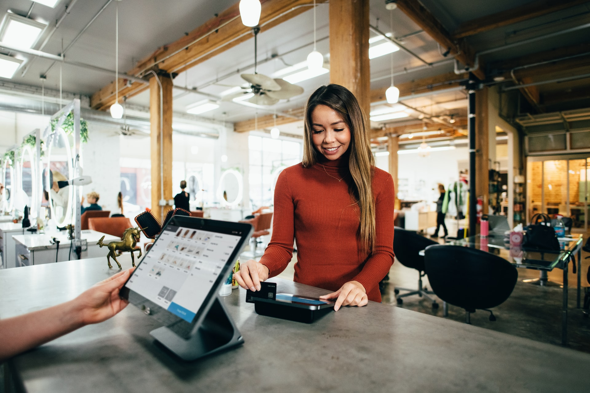 Smart Technology Transforms Retail Operations